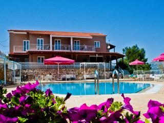 Lefteris Village (Superior Apartment), Lassi