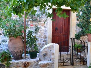 Mistatos house, Makry-Gialos