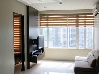 Makati Place Upscale and Urban FF Studio, Quezon City