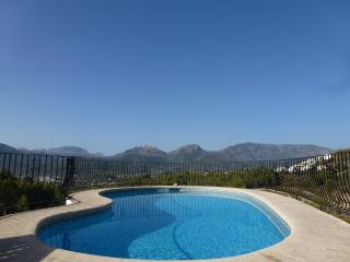 Vista Bernia, Jalón