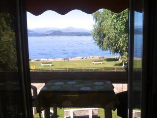 Vista lago dal soggiorno