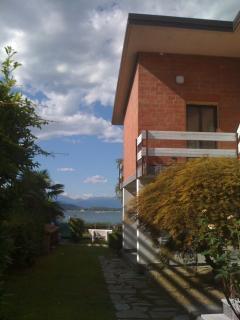 Entrata appartamento e balcone
