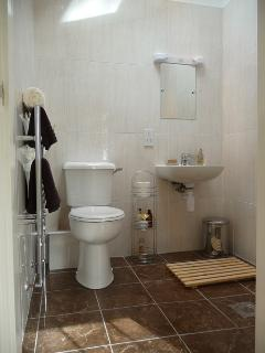 All our cottages have wet rooms . Shower chairs and toilet frames available .
