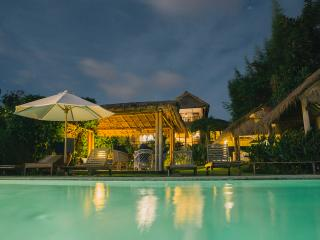 """Surf Lodge"" uluwatu-padang"