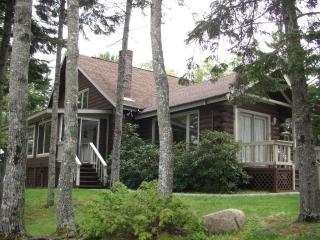 Oceanfront Schoodic Peninsula Log Home - 3 Bedrooms, Gouldsboro