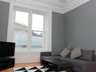 Outstanding City Centre Apartment, Edinburgh
