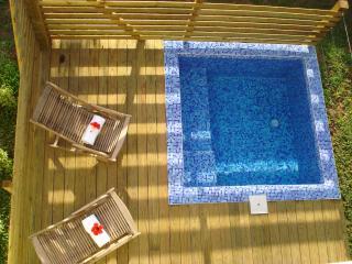 LA  JOUPA case créole de charme avec piscine/ Spa, Sainte Rose