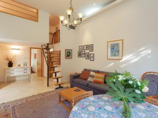 Colony Suites -Vacation apartments in best address, Jerusalén