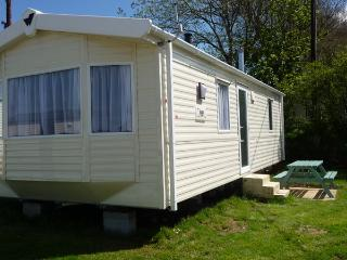 Caravan 10 mins from beaches/Surfing/coastpath