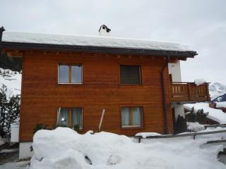 Appartement Bostgè, Sedrun