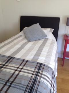 Bedroom 3 - twin room