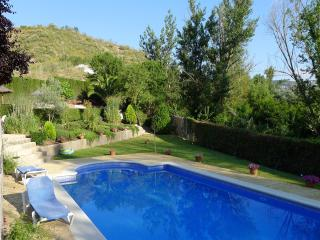 Beautiful Cortijo with Private Pool and Gardens., Iznajar