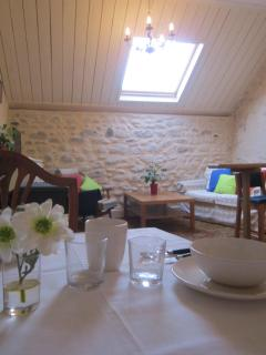 Sitting & dining room