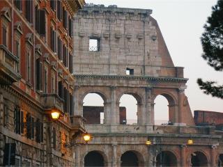 Colosseum Street, Roma