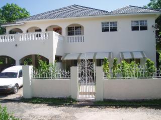 Green's Palace Jamaica, Oracabessa
