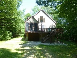 Lake Winnipesaukee Water Access Vacation Rental, Moultonborough