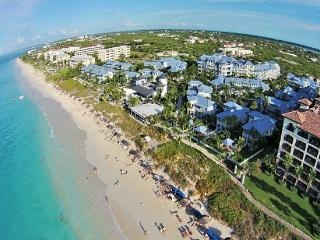 Stunning 4 Bedroom Beachfront Home, Providenciales