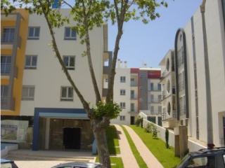 Apartamento T1 com Piscina e Box-Caldas da Rainha
