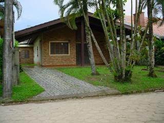 Casa na Praia - cond fechado - UBATUBA, Ubatuba
