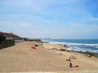 (O)Porto.Granja.Big.Apartment in a famous beach