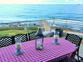 The Pearls of Umhlanga, Umhlanga Rocks