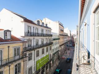 Downtown Blue II Duplex Apartment   RentExperience