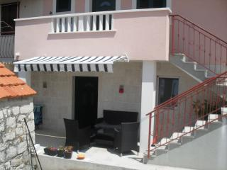 Apartment Sanda, Okrug Donji