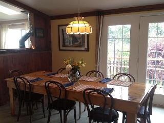 Enjoy a great meal in the open and sunny dining room.