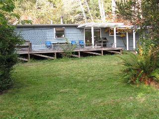 Patrick's Point Retreat~Free Patrick's Point Park Pass & Beach Gear~Sleeps 8