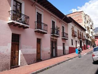 Hotel Departamento apartamento suite hostal Quito