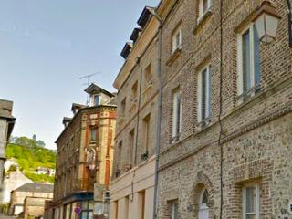 Sunny Duplex - 2 Bedrooms - Historic - WIFI, Honfleur