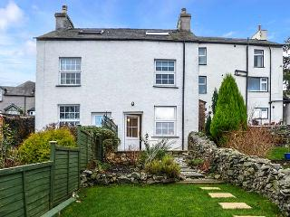 2 MOUNT PLEASANT, cottage with woodburner, pet-friendly, garden, in Greenodd, Ref 919927, Ulverston