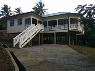 SUNRISE VACATION HOME, Vieux Fort