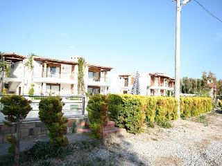 240-2 Bedroomed Aparts With Shared Pool Turgutreis