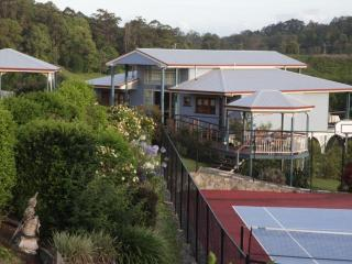 Jacaranda Creek Farmstay & B&B, Eumundi