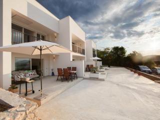 Duplex apartment Thomas - with heated pool in Vis