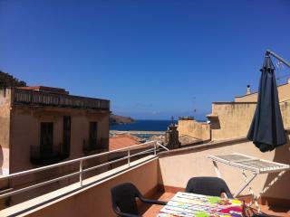 Casa Vacanza Flavia con terrazzo 250 dal mare