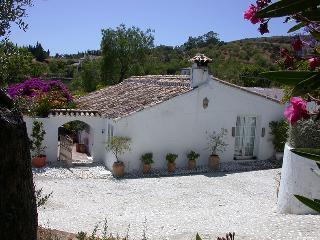 Cortijo del Arroyo  a 2 km de la play, Estepona