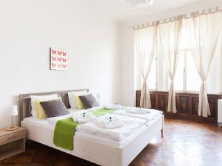 Old town apartment at city center - brand new !, Praga