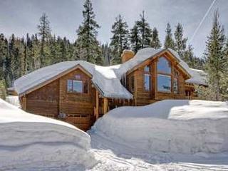 Pine Trail - Luxury 4BR IN Alpine Meadows Hot Tub & Sauna! Off Season Rates!!, Lake Tahoe (California)