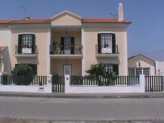 IN MY HOUSE BALEAL