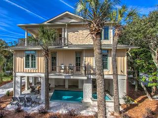 77A Dune-Beautiful custom beach home with OCEAN VIEWS., Hilton Head