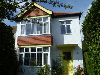 3 Upper Fourth Avenue, Frinton-On-Sea