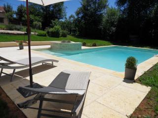 Bergeries au coeur du Périgord avec piscine privée, Meyrals