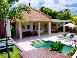 Villa Kebaya & Spa, Tumbu