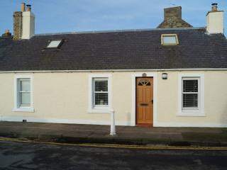 Fishermans Cottage in Broughty Ferry