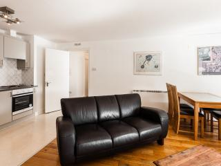 Tara Street Two Bedroom Apartment, Dublín