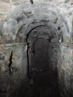 Se ce lo chiedi ti mostreremo le suggestive grotte congranaio ipogeo