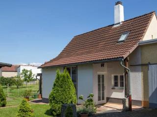 Vacation Home in Speyer - 567 sqft, warm, spacious (# 2893), Dudenhofen