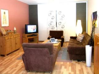 LLAG Luxury Vacation Apartment in Schmelz - 1055 sqft, central, ideal, comfortable (# 3432)